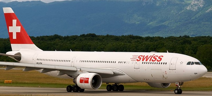 Swiss_A330-200_HB-IQH,_Geneva_International_Airport