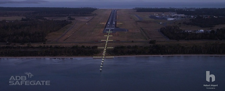 Hobart Airport Installs Australiau0027s First High Intensity LED Runway